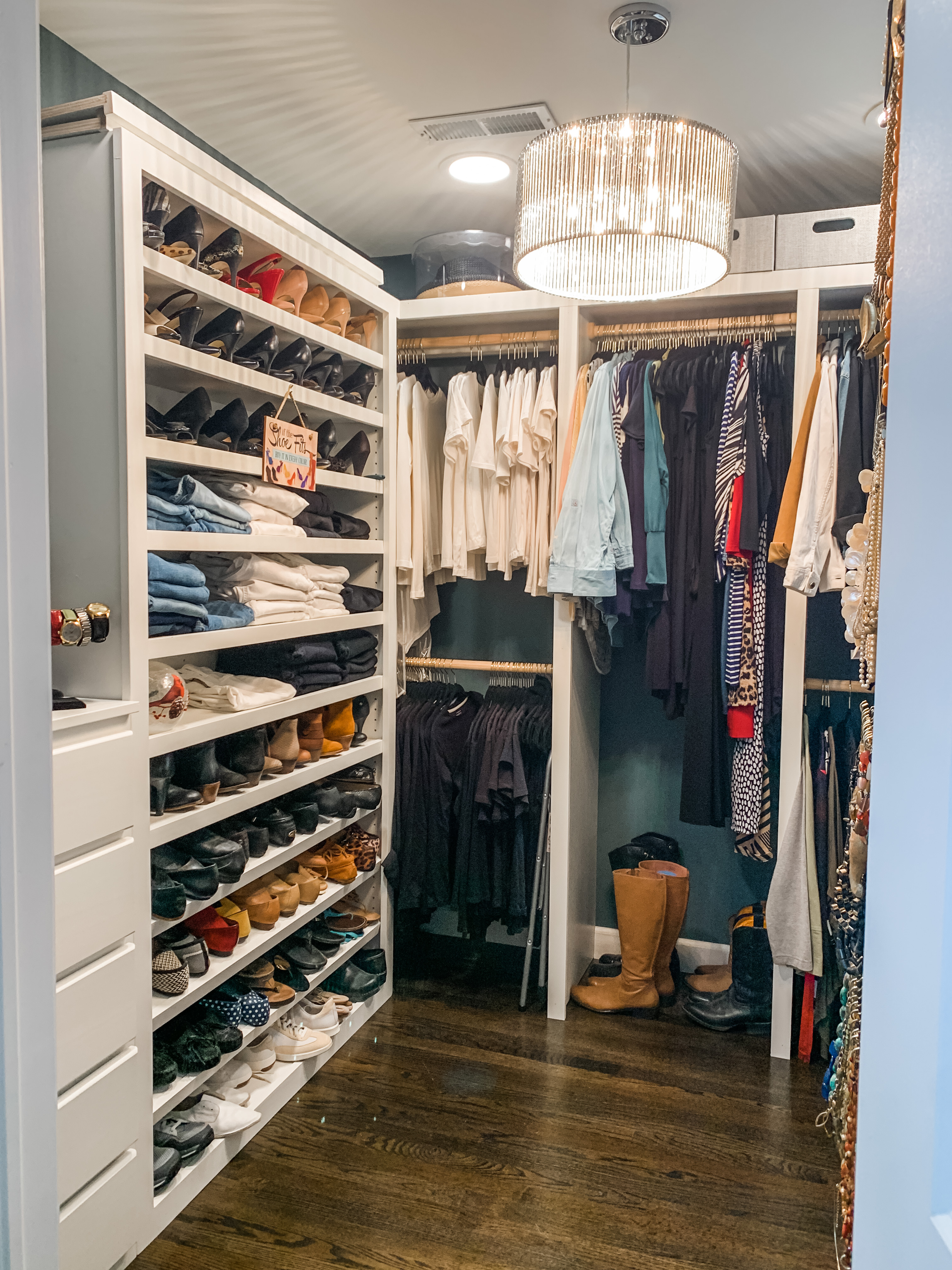 Shenandoah Master Closet
